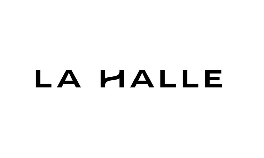 la halle est un magasin de v tement femme sable sur. Black Bedroom Furniture Sets. Home Design Ideas