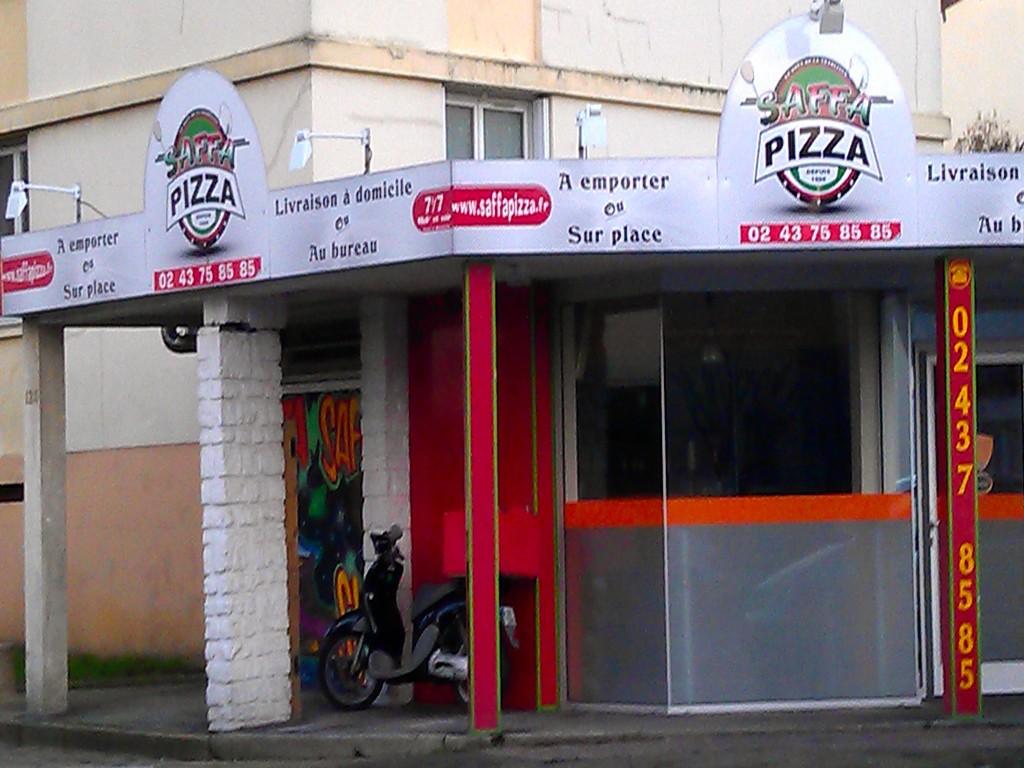 saffa pizza av geneslay pizza emporter livraison domicile sur le mans. Black Bedroom Furniture Sets. Home Design Ideas