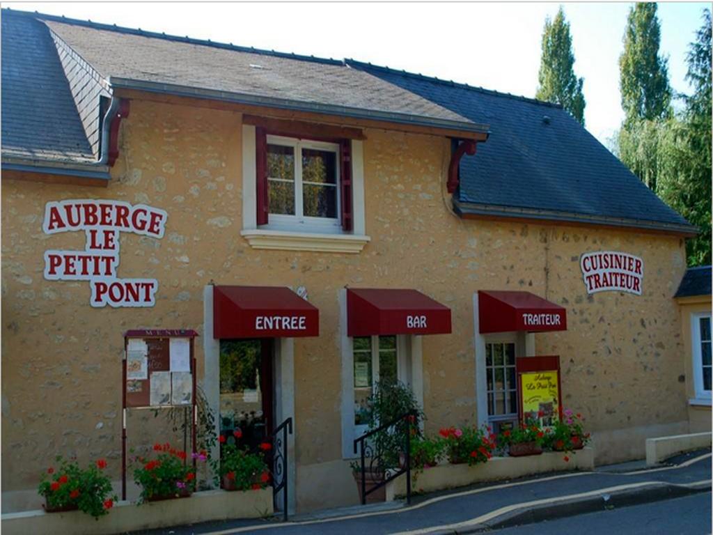 Auberge le petit pont cuisine traditionnelle t nnie restaurant traditionnel le mans et en sarthe - Petit jardin restaurant luxembourg le mans ...
